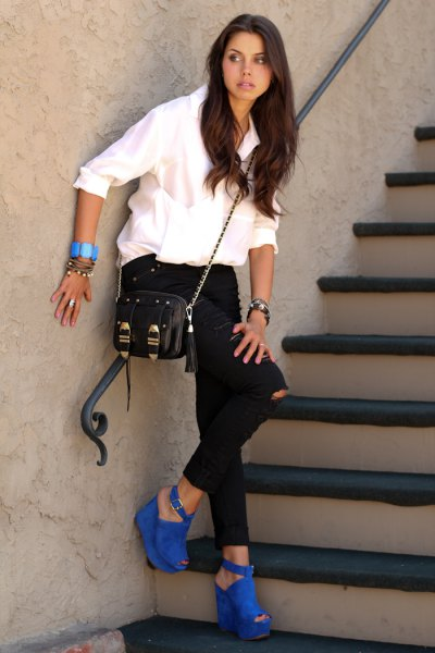 blue suede with open toe heels white shirt black ripped jeans
