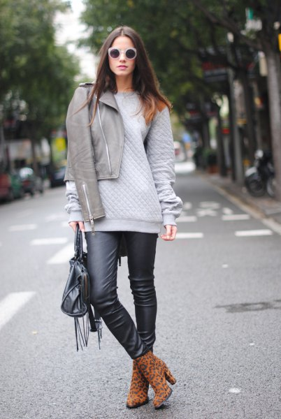 gray jacket chunky sweater black leather leggings