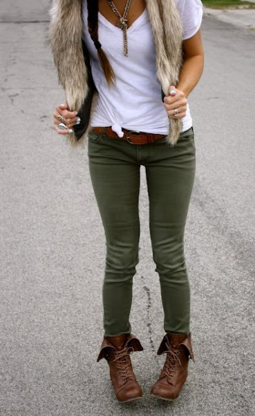 white t-shirt green skinny jeans