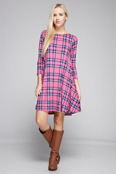 pink checkered tunic brown leather shoes