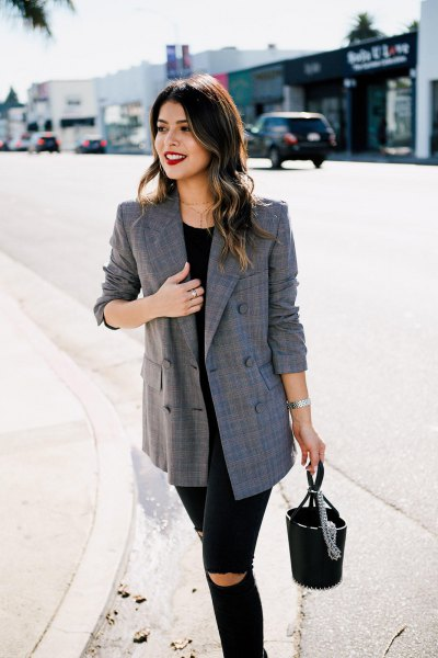 gray oversized checkered blazer black ripped skinny jeans