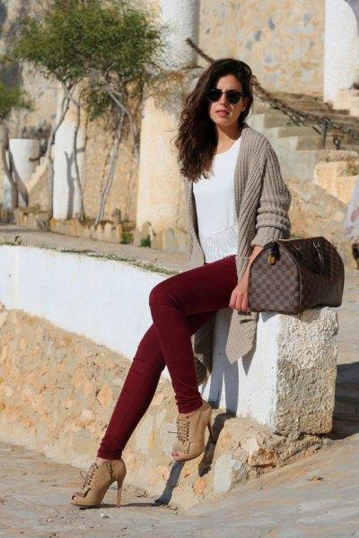 burgundy jeans light pink rib knit cardigan