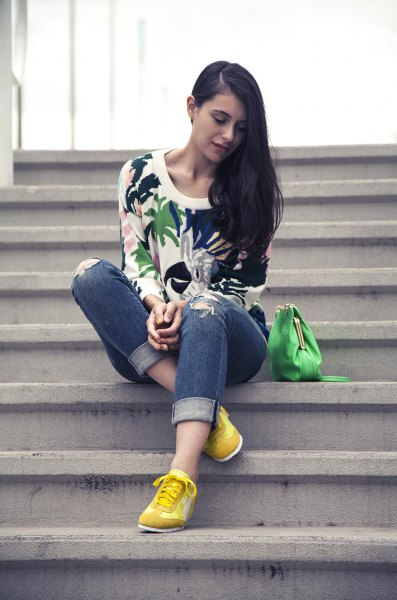 white flowers printed sweaters yellow sneakers