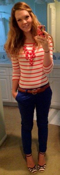 blue skinny jeans red leather belt