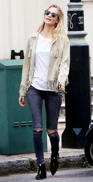 light pink suede jacket ripped skinny jeans