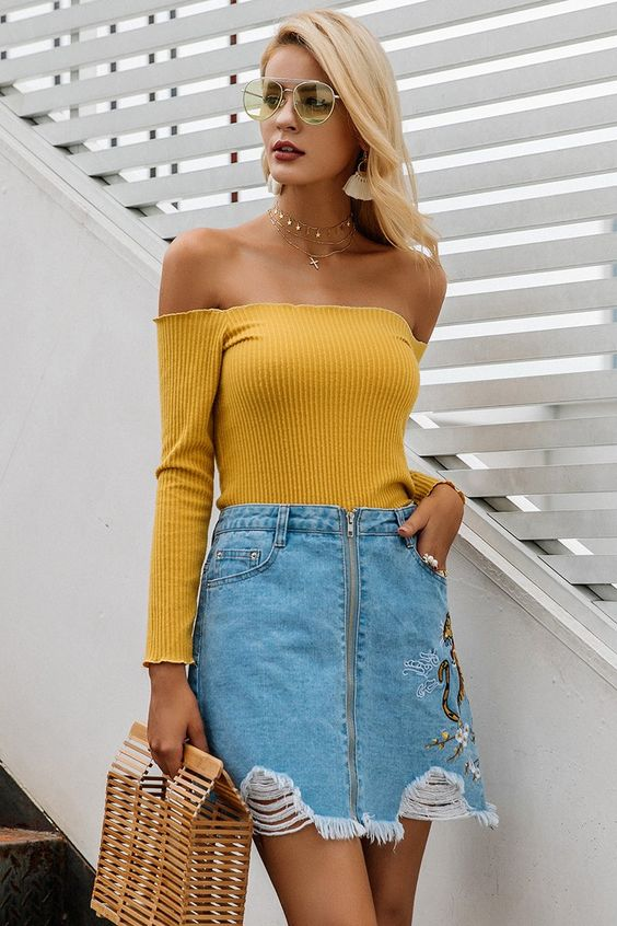 yellow of denim skirt on the shoulder
