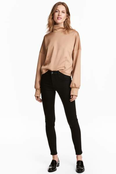 pink gold turtleneck sweater black skinny ankle boots