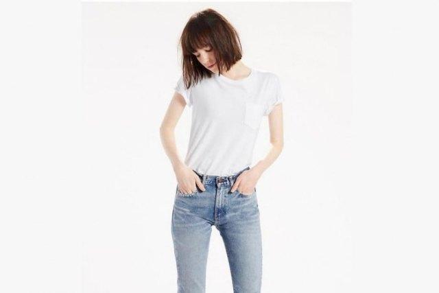 white pocket t shirt blue washed skinny jeans