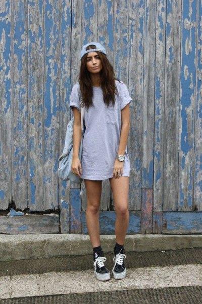 light gray pocket t-shirt dress matching baseball cap