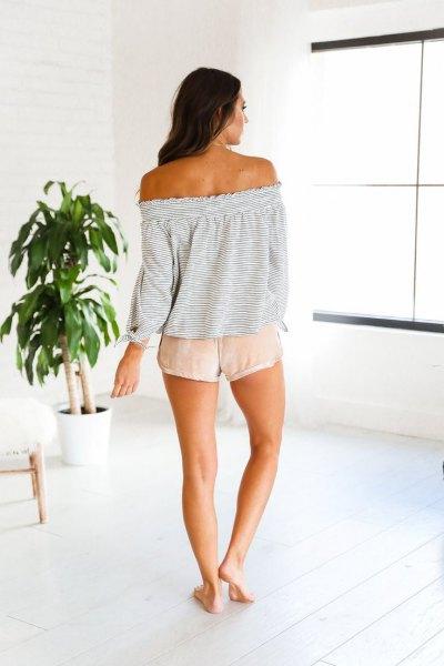 light gray of shoulder shorts pink shorts