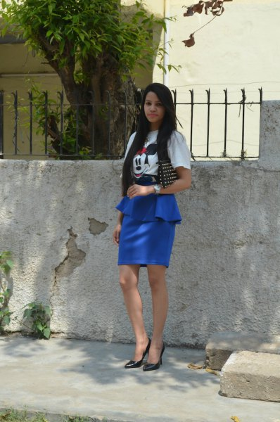 white print tee royal blue peplum skirt