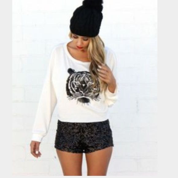 white printed casual fit sweater black shorts