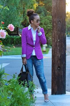 purple blazer white shirt boyfriend jeans