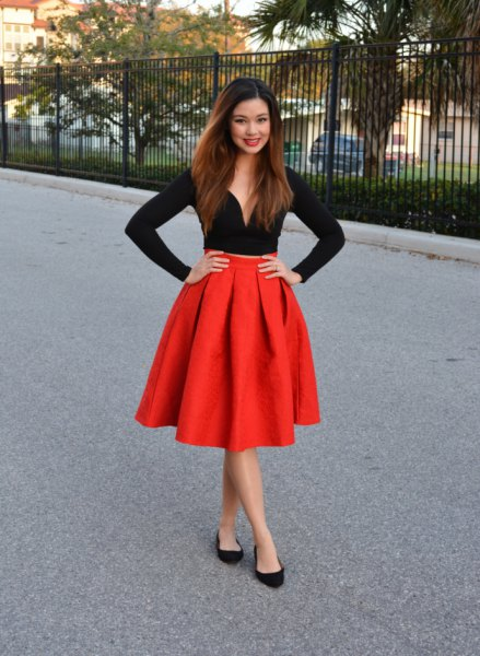 black long sleeve sweatheart top red flared pleated skirt