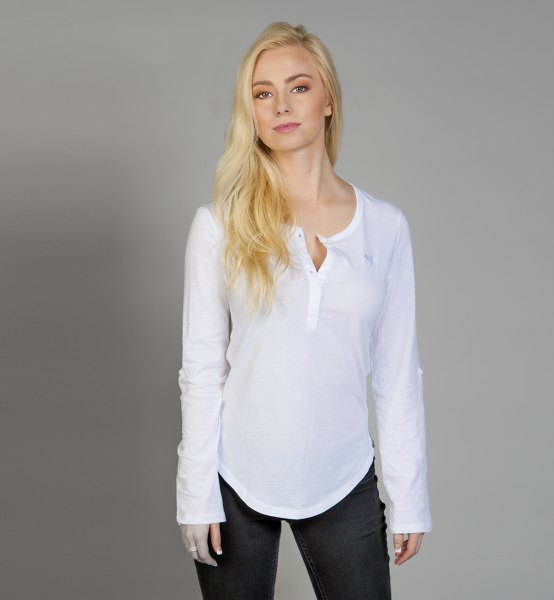 white casual fit long sleeve shirt