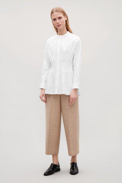 white peplum collar-free shirti wide leg crop pants