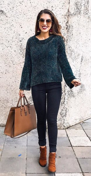 black chunky sweater skinny jeans boots