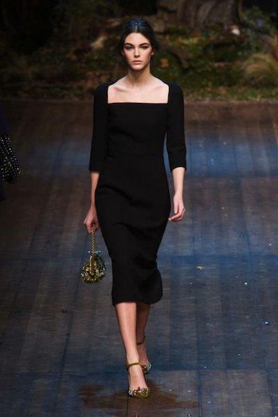 black body dress in square sleeve in square sleeve
