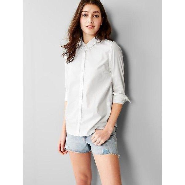 white shirt light blue denim shorts