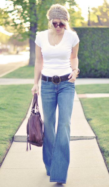 white form fitting t-shirt jeans