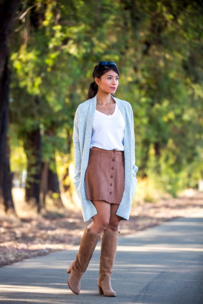 brown suede knee high boots color matching leather skirt