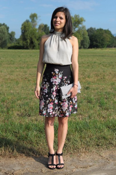 black high-rise floral a line skirt