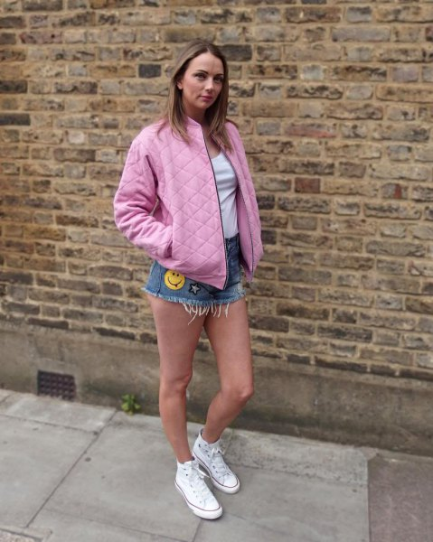 pink oversized quilted jacket denim shorts converse
