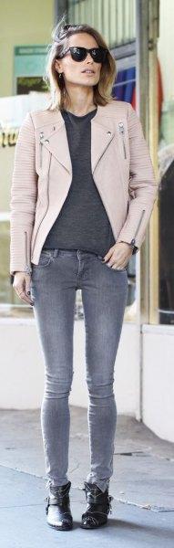 gray sweater skinny jeans