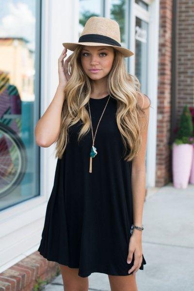 black tank dress straw hat