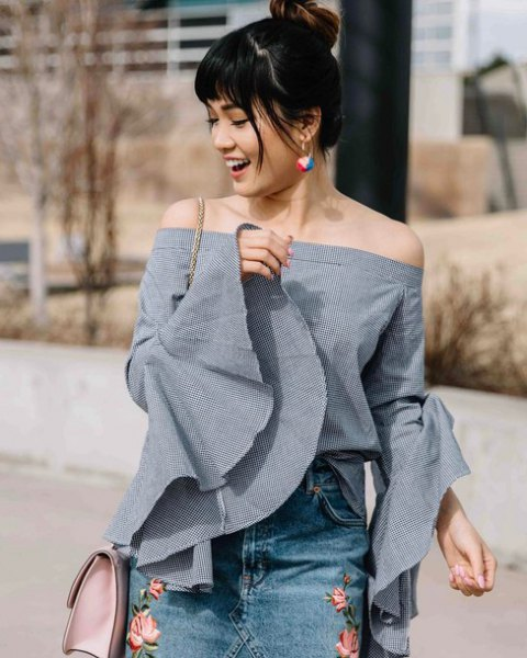 gray from the top of the shoulder bell sleeve