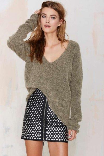 gray v-neck oversized ribbed sweater polka dot skirt