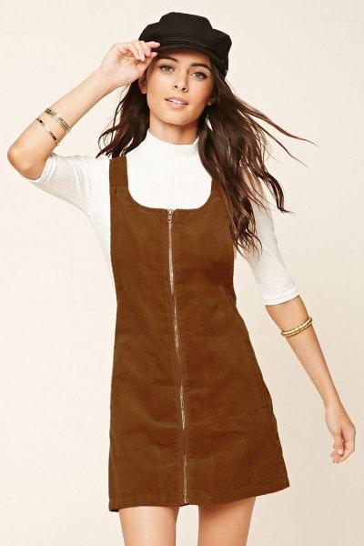 brown zipper on top of corduroy