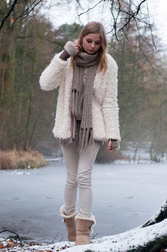 fur lined teddy bear boots