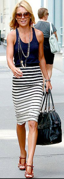 striped pencil skirt navy blue top