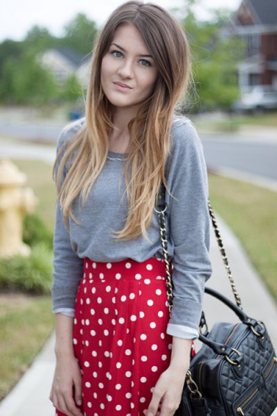 gray long sleeve tee red polka dot skirt