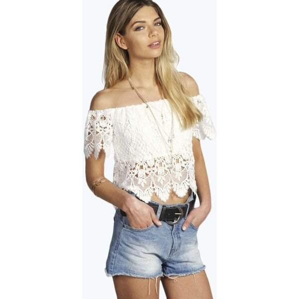 white off shoulders cropped top denim shorts