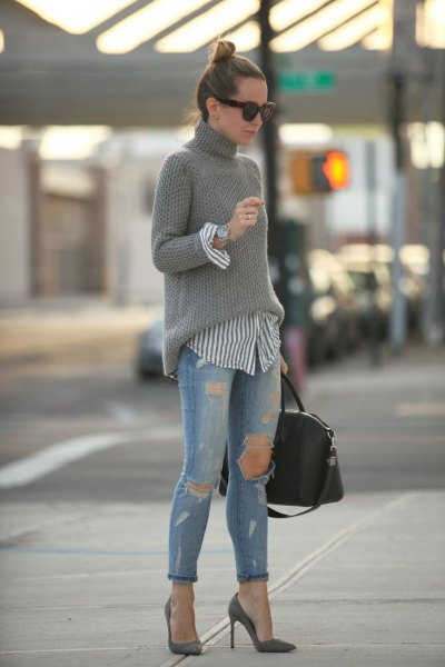 pink pointed toe heels gray turtleneck knitted sweater