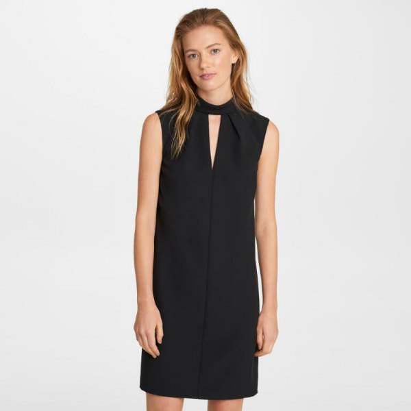 black dress with keyhole in black neck