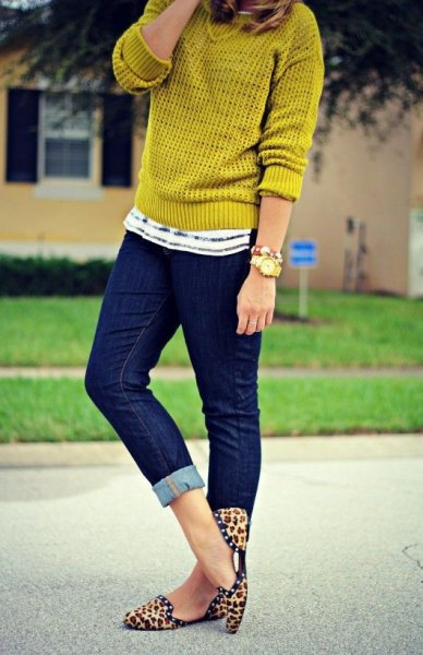 leopard print loafers light green knitted sweater jeans