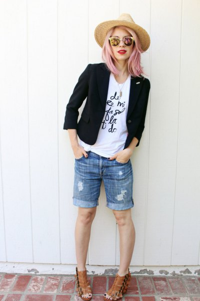 denim shorts white tee black blazer