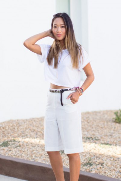 cropped tee white shorts with high waist