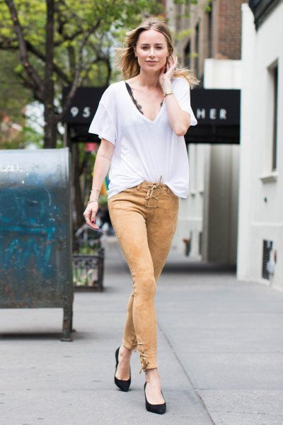 white oversized t-shirt green skinny pants