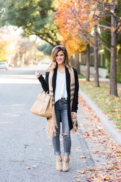 black cardigan white vest upper camel scarf