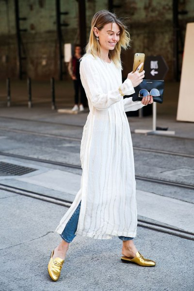 white maxi tunic over skinny jeans