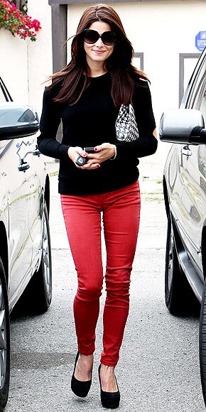 red skinny jeans black thin fit sweater