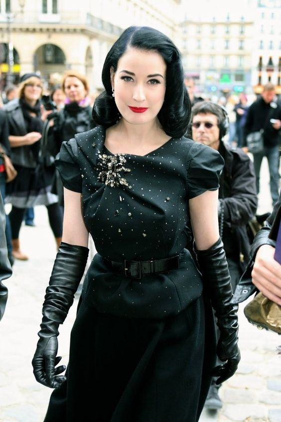 long black gloves black dress