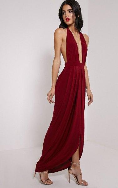 halter neck deep v-neck pleated maxi dress