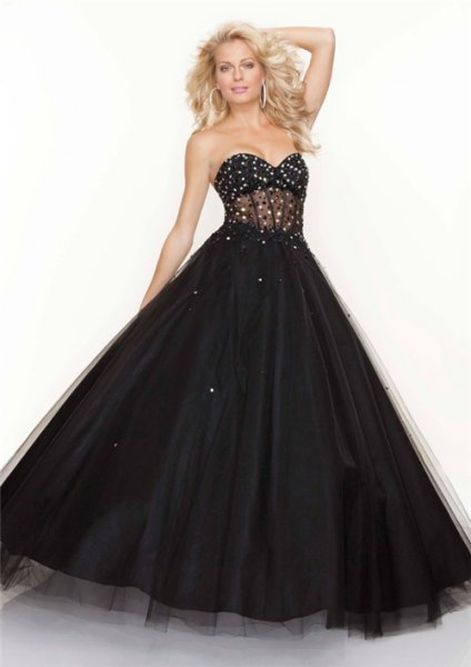 darling strapless black tulle dress