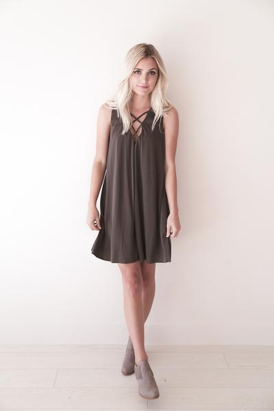gray criss cross shift dress