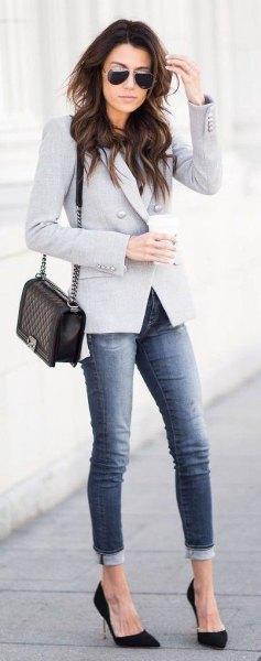 gray blazer cuffed jeans black heels